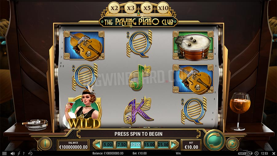 the paying piano club slot
